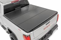 "Exterior - Accessories - Rough Country - Rough Country GM Hard Tri-Fold Bed Cover (15-19 Chevy/GMC 2500/3500 - 6' 5"" Bed) 45204651"